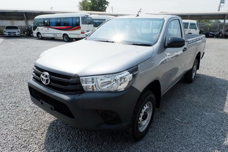 TOYOTA HILUX RE